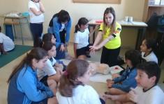 3º y 4º de E.Primaria reciben prácticas de primeros auxilios.